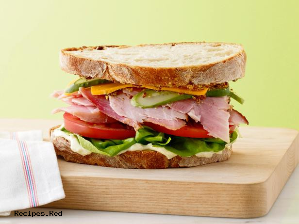 POLL: How Do You Like Your Sandwich?