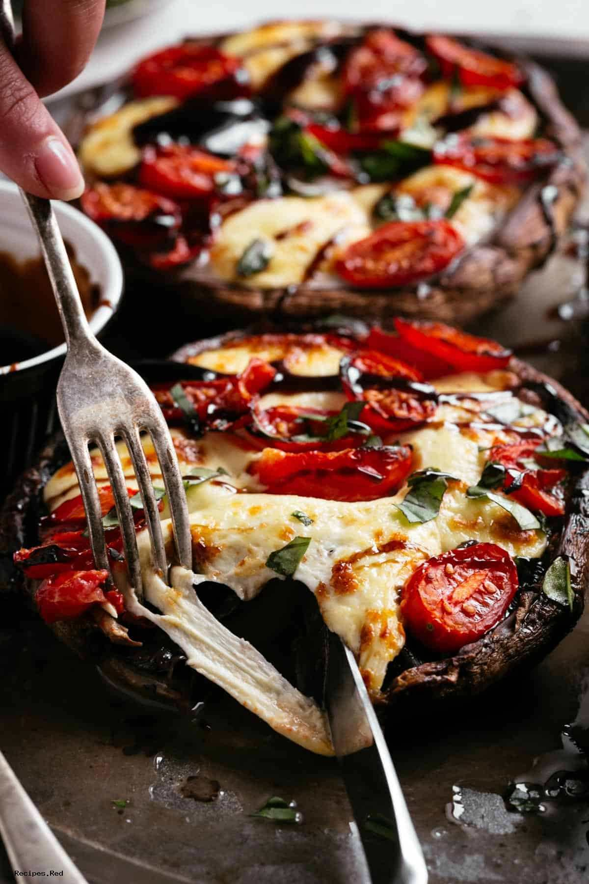 HOW TO MAKE CAPRESE STUFFED PORTOBELLO MUSHROOMS